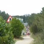 O mesta Sarria (112 km od Santiaga) se nam pridružuje veliko romarjev iz vsega sveta.