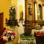 Kip apostola Jakoba in zanimiva postavitev okrasitve cerkve.