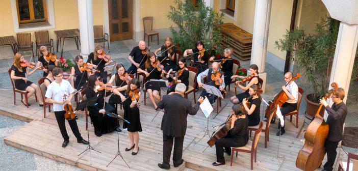 Večer v atriju: zdravniški orkester CAMERATA MEDICA