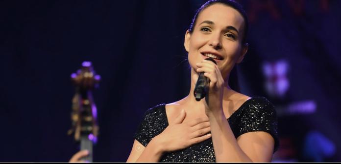 Večer v atriju: koncert vasovalskih, fantovskih in dekliških pesmi